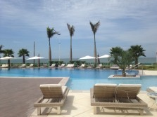 Mais charmoso resort na Praia Brava!!